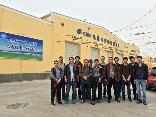 机辆所顺利完成南疆铁路大风环境下时速160公里动力集中电动车组运行安全专项试验